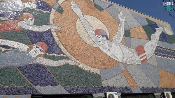 Photo of «Куда плывем?», – тренеры и родители спортсменов хотят, чтобы бассейн «Зори» передали в собственность города