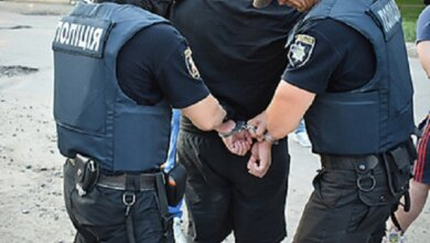 Photo of Спецназ задержал в Корабельном районе двух братьев-наркоторговцев, которых выслеживали четыре месяца (Видео)