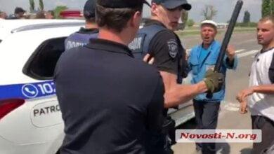 На трассе под Николаевом фермеры подрались с полицией   Корабелов.ИНФО image 1