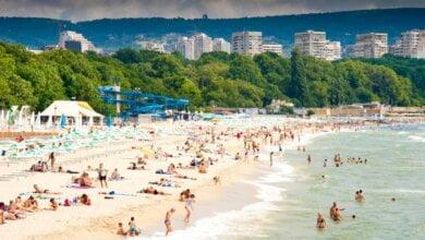Из-за опасного подводного течения в Болгарии закрыли почти все пляжи   Корабелов.ИНФО