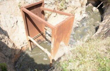 «7 провалов длиной 180 м», - на ремонт аварийного канализационного коллектора в Корабельном районе нужно 9 млн грн