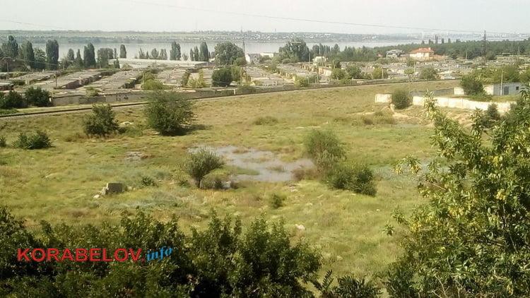 канализационное озеро по ул. Океановской