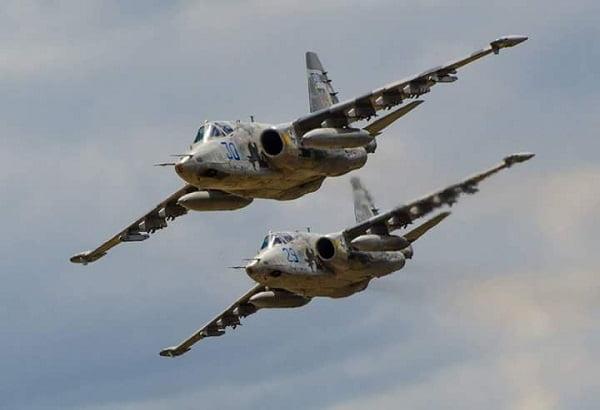«Очень достойный боевой офицер», - 299-я бригада тактической авиации поздравила с 40-летием своего командира