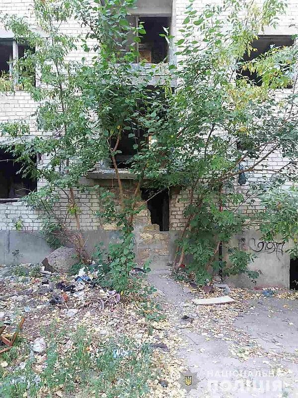 В одном из недостроев Николаева нашли тело убитого мужчины