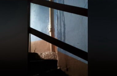 потоп в подъезде по ул. Глинки, 5
