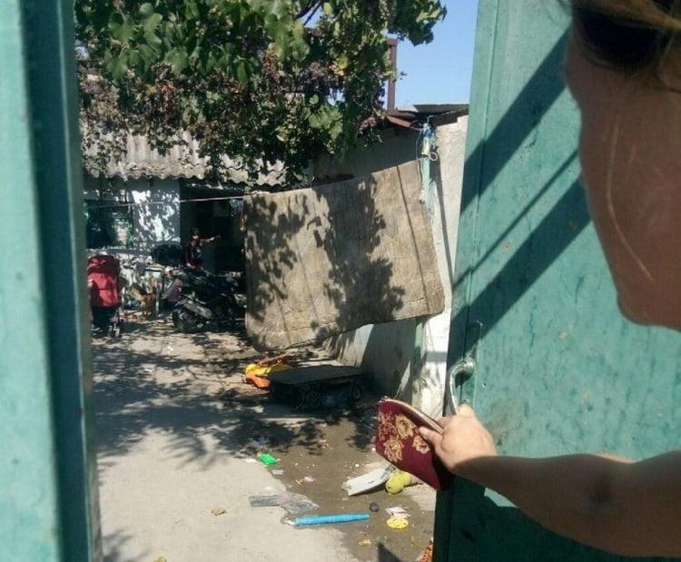 Photo of Відібрати двох малолітніх дітей в одинокої матері планує адміністрація Корабельного району за результатами рейду «Діти вулиці»