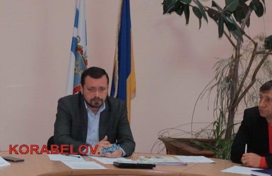 Photo of «Город недолюбленый, а Корабельный район вообще полузабыт, полузаброшен», — народный депутат Артем Ильюк