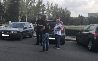 Депутата горсовета из Корабельного района оштрафовали за парковку на месте для инвалидов под мэрией Николаева