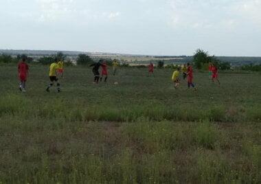 в Витовском районе проходит чемпионат по футболу