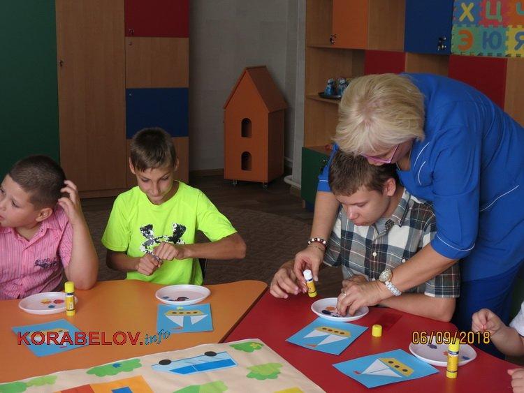Надежды и разочарования, подарки и «недоделки»: в Корабельном открылся центр реабилитации для особых детей (ВИДЕО)