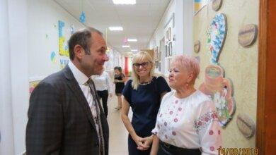 В. Криленко і Л. Грицюк в школі № 29