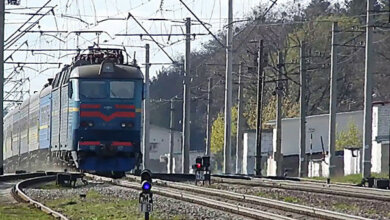 Photo of В Николаевской области 17-летняя девушка попала под поезд – в полиции не исключают версию самоубийства