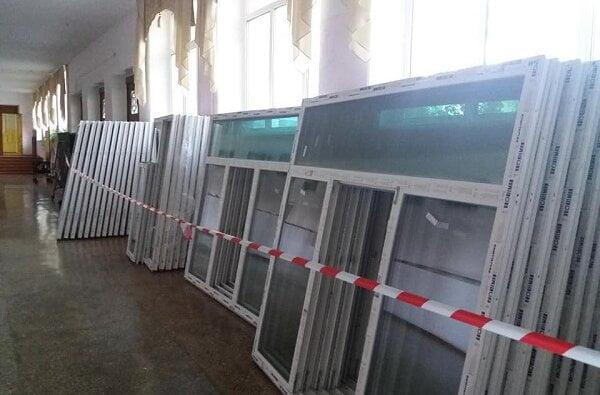 «Зачем?», - в одной из школ Николаева 345 новых металлопластиковых окон за 32,6 млн грн поменяют на более новые | Корабелов.ИНФО image 3