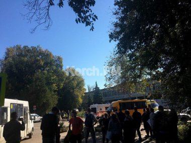 В оккупированном Россией Крыму прогремел взрыв в колледже: много погибших и пострадавших
