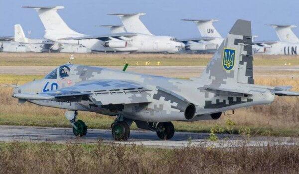 """""""Во дают!"""" Кульбакинские летчики делятся видео экстремального трюка пилотов   Корабелов.ИНФО"""