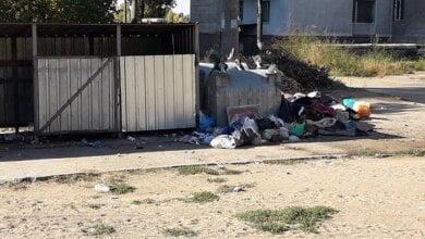 «Они слепые там работают или им так говорят убирать его?», - николаевец о вывозе мусора в Корабельном районе | Корабелов.ИНФО