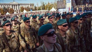Ко Дню защитника силовики Николаева прошлись торжественным маршем по Соборной площади | Корабелов.ИНФО
