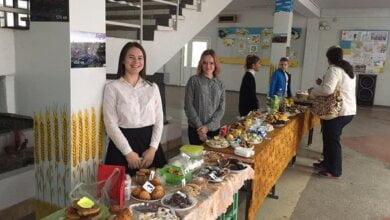 Photo of «Вдався на славу»: школярі в Корабельному районі Миколаєва провели благодійний ярмарок «Щедрі дари таврійського степу»