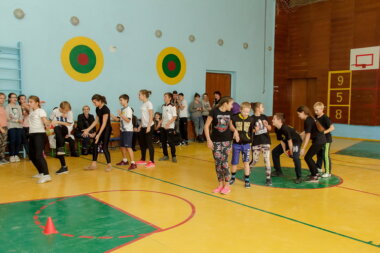 Осінні козацькі розваги відбулися у школі в Корабельному районі Миколаєва