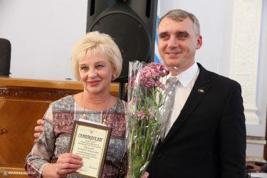 У Миколаєві нагородили найкращих освітян, у тому числі і педагогів деяких навчальних закладів Корабельного району (ФОТО) | Корабелов.ИНФО image 10