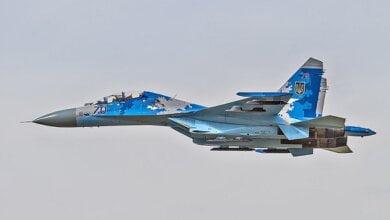 В Винницкой области во время учебно-боевого полета упал истребитель Су-27 | Корабелов.ИНФО