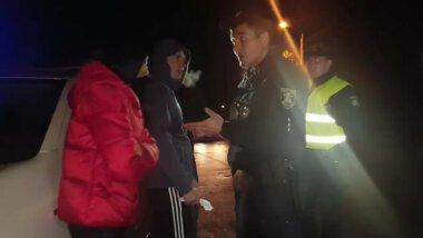 """19-летний пасынок пьяного водителя """"Инфинити"""" в Николаеве сломал полицейскому челюсть (Видео)"""