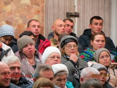 на встрече Сенкевича с жителями Корабельного района