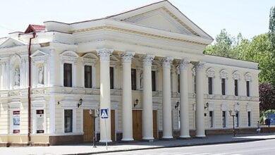 «Мы выступаем против сепаратизма», - в Николаеве активисты потребовали убрать из названия театра слово «русский»   Корабелов.ИНФО