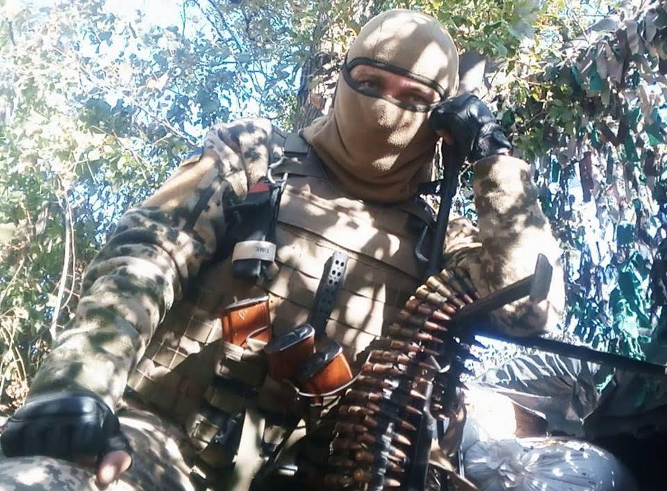 Photo of Воин из Корабельного района, защищающий Украину на Донбассе, посвятил своё стихотворение «диванным» патриотам