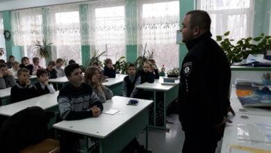 Photo of Школярам в Корабельному районі розповіли про кримінальну відповідальність за крадіжки, шахрайство та інше