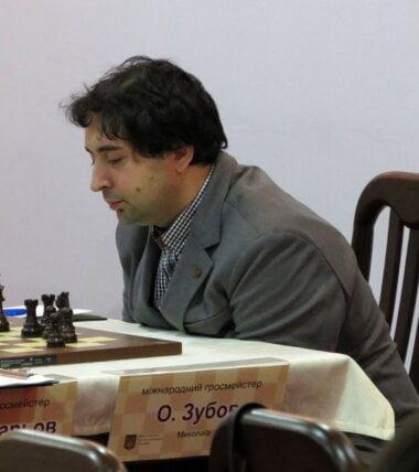 На чемпионате мира гроссмейстер из Николаева Зубов сенсационно победил норвежца Карлсена