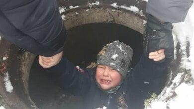 6-летний мальчик в Николаеве провалился в люк   Корабелов.ИНФО image 1