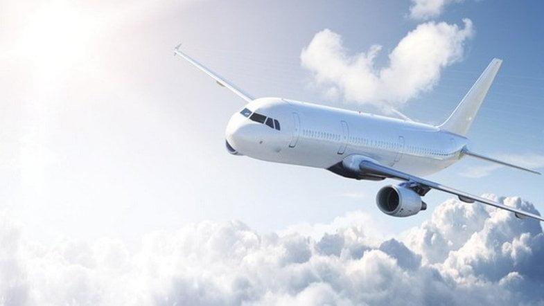 Photo of Самолет из Киева не смог с трех попыток совершить посадку в аэропорту Николаева и вернулся обратно