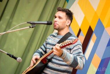 Клуб «Белая ворона» подарил николаевцам авторские песни в честь своего Дня Рождения