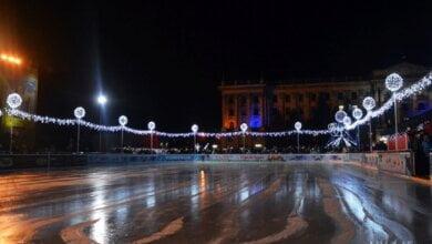 Николаевцы на новогодние праздники могут остаться без ледового катка из-за «покатушек» по его основанию   Корабелов.ИНФО