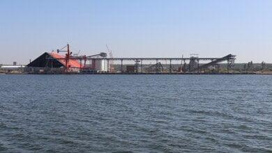Photo of АМПУ внесла расположенный в Корабельном районе зерновой терминал «Евровнешторг» в Реестр морских портов