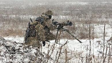 На Донбассе 25 января боевики обстсреляли автомобиль: 1 военный погиб, 4 ранены | Корабелов.ИНФО