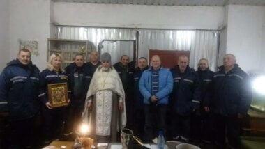 Отець Михаїл освятив будівлю пожежних та особовий склад у Галицинівці