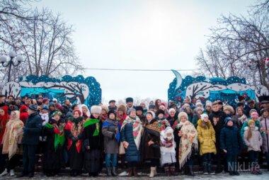 В Николаеве одновременно со всей Украиной и еще 5-ю странами спели колядку «Нова радість стала». ВИДЕО