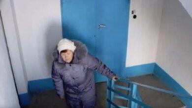 """""""Ему не грустно..."""" - жители Корабельного района винят власть Сенкевича в том, что у них уже 9 месяцев не работает лифт (ВИДЕО)   Корабелов.ИНФО image 2"""