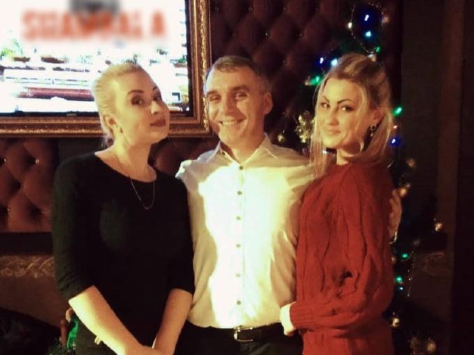 Сенкевич с комиком в караоке обсудили проблемы Николаева