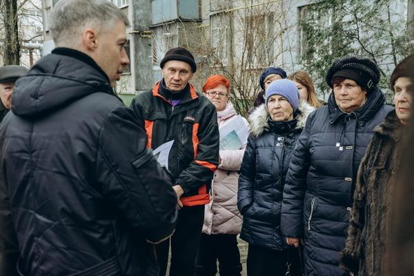 Артем Ильюк на встрече с жителями