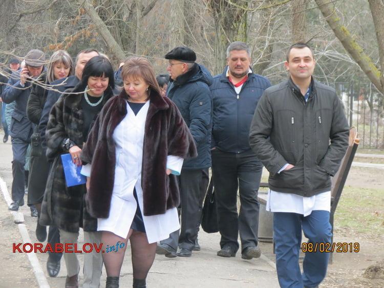 руководство горбольницы №5 принимает представителей местной власти