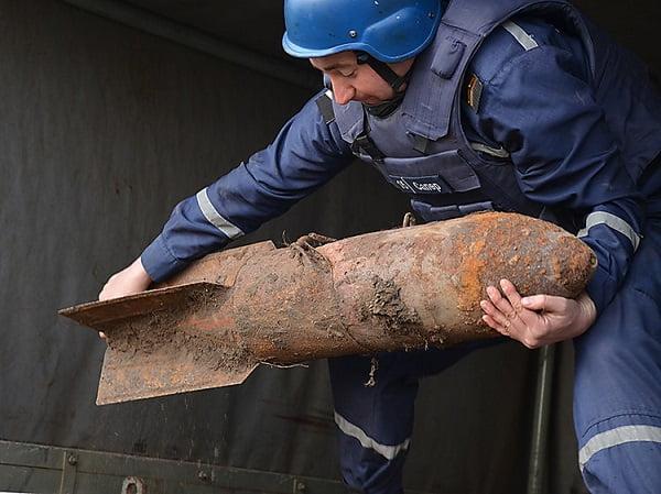 Photo of Спасатели уничтожили найденную в Витовском районе авиабомбу (Видео)