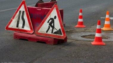 Трассу на Киев усиленно ремонтируют — по ней может проехать Порошенко