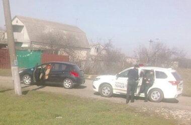 Веселовскую остановили патрульные полицейские