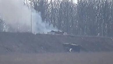 Украинская армия с помощью управляемых ракет уничтожила две позиции боевиков (видео) | Корабелов.ИНФО
