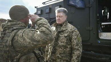 С 1 апреля денежное обеспечение воинов на передовой будет повышено, - обещает Порошенко | Корабелов.ИНФО