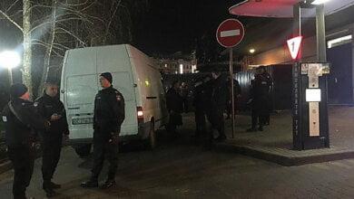 В Николаеве устроили стрельбу из-за очереди в McDonalds — пострадавшего увезла «скорая» | Корабелов.ИНФО image 1