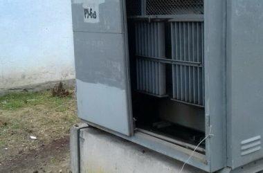 """оторвана дверь подстанции """"Николаевоблэнерго"""""""